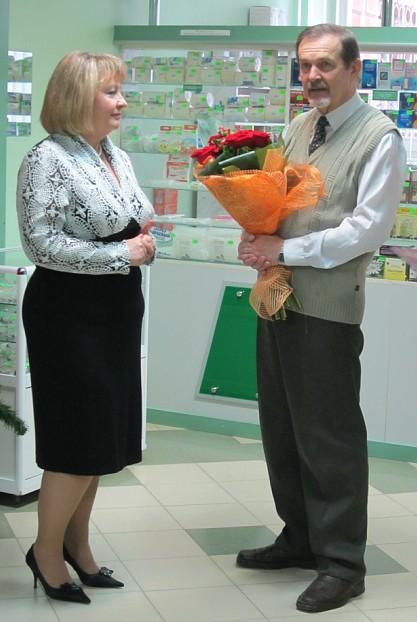 Цветы, слова, признание … заслуг