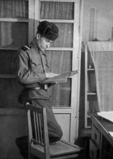 Володя Штемплевский во время армейской службы
